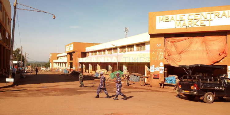 Mbale Central Market Vendors Stuck With Garbage For 3 Weeks