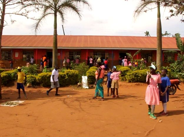 Mega UPE School Suffers a Toilet Crisis